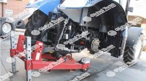 Sollevatore carrellato per sollevamento e spostamento trattori agricoli da asse posteriore con ruote staccate .