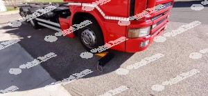 Kit cuneo e blocco certificato per fermo in sicurezza mezzi