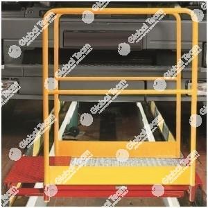 Ponticello pedonale con ringhierine per attraversamento fossa - per fossa senza guidaruota - portata max 400 Kg/m2 - estensibile da 870 a 1150 mm