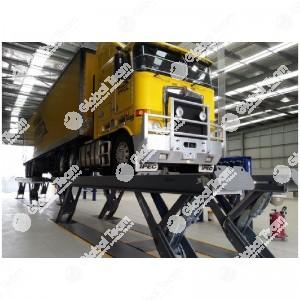 Ponte a pantografo brevettato in tandem, pedane 6,5+6,5 m, portata 25+25 ton (trasporto e montaggio esclusi) Possibilita' lunghezza pedane 8-9-10-11-12-14,5 m - Finkbeiner