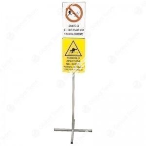 Supporto telescopico con cartelli certificati per linea revisioni