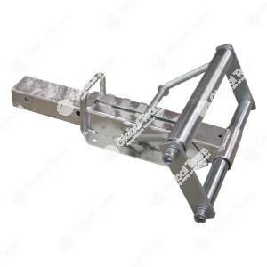 Cuneo blocca ruota Lungh. [mm]: 600 Largh. [mm]: 390 Altezza [mm]: 120 - 190 Cuneo blocca ruota robusto e zincato, viene fissato con viti sul pianale ed è regolabile in più posizioni (angolo e lunghezza). È possibile il riequipaggiamento di qualsiasi pian
