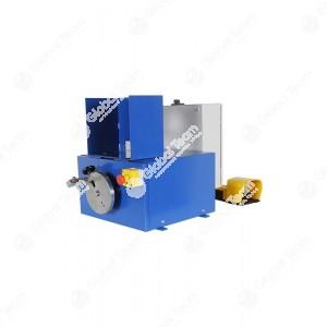 """Spellatubi elettrica con utensile regolabile, con spine di guida, ideale per la spellatura interna/esterna di tubi fino a 2 """""""